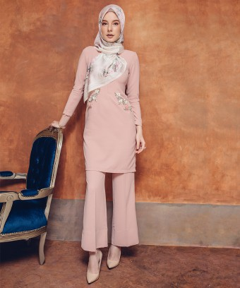 AMEENA LUXE SUIT - DUSTY PINK