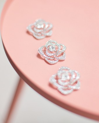 MINAZ ROSE BROOCH