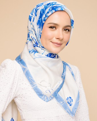 ASIAN PORCELAIN BAWAL - BLUE WHITE